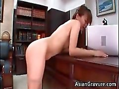 Hot en sexy Aziatische secretaris blaast stijve part5