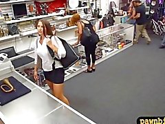 Phat booty amateur brunette babe screwed at the pawnshop