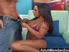 AdultMemberZone - Täcker Mariah Milano's Feet in Jizz
