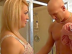 Blonde TS Gianna Rivera kuk och Analys