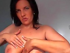 German slut giving tits job with cumshot
