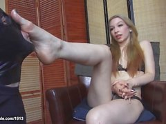 Foot worship Marlo Marquise